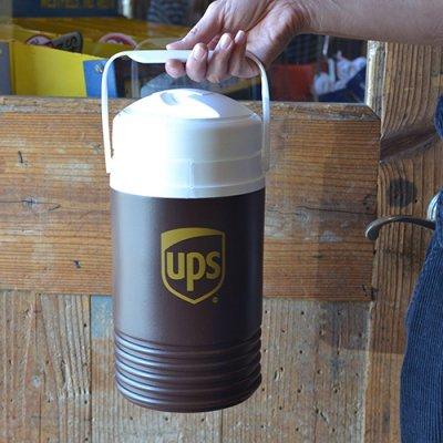 UPS igloo 1/2GAL WATER JUG