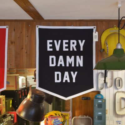 OXFORD PENNANT CHAMPION BANNER -EVERY DAMN DAY-