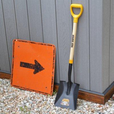 TRUE TEMPER Square shovel