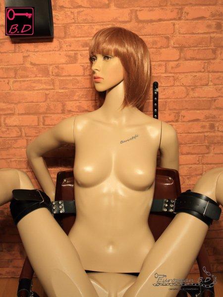 BDSM スレーブ スーパー M字 開脚 ベルト H03