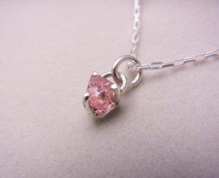 ピンクスピネルの結晶ペンダント