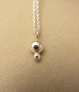 純銀の珠2