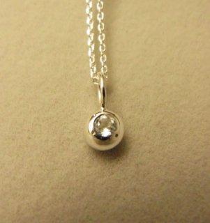 ホワイトトパーズの純銀の珠
