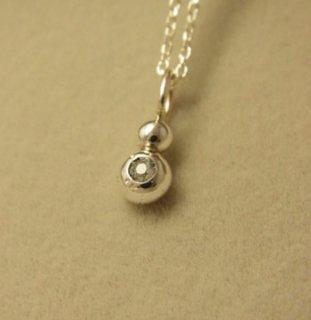 ホワイトサファイアの純銀の珠2