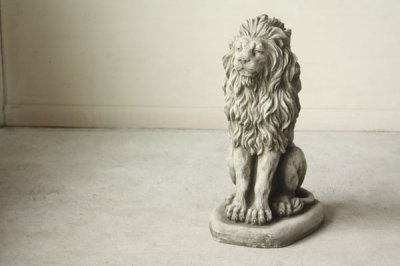 イギリス ガーデニングオーナメント ライオン