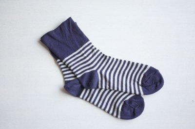 絹屋 内側シルク2重編み靴下 綿ボーダー履き口ゆったり レディース 紺瑠璃色