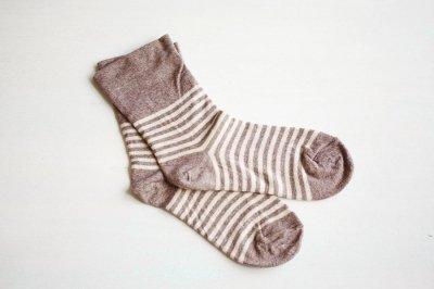 絹屋 内側シルク2重編み靴下 綿ボーダー履き口ゆったり レディース 薄茶色