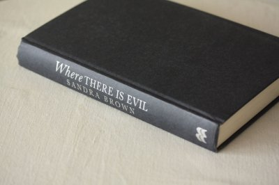 洋古書 Where There Is Evil