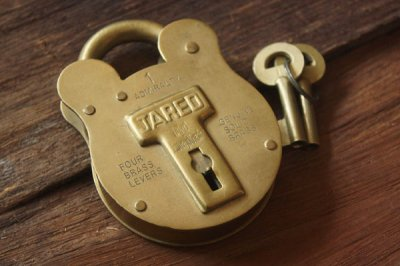 アメリカ 真鍮クマ型パドロック キーセット