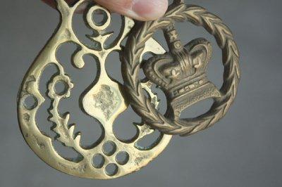 イギリス 真鍮プレート ボタニカル・王冠