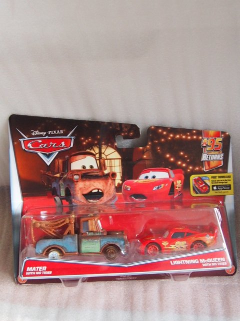 MATER AND LIGHTNING MCQUEEN WITH NO TIRES  2016