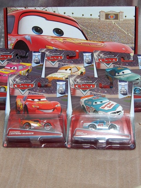 PISTON CUP RACERS 5台パック