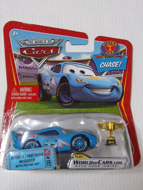 少し訳有特価】DINOCO LIGHTNING MCQUEEN WITH PISTON CUP CHASE  SHORT ROR版