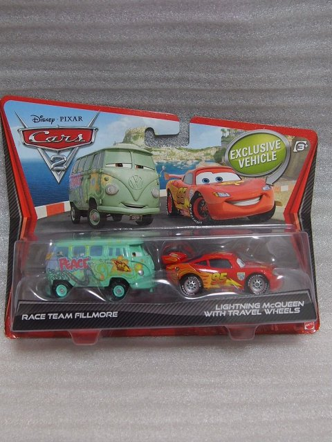 訳有特価】RACE TEAM FILLMORE AND LIGHTNING MCQUEEN WITH TRAVEL WHEELS  PC版