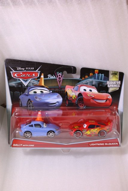 SALLY WITH CONE AND LIGHTNING MCQUEEN 2PACK 2017