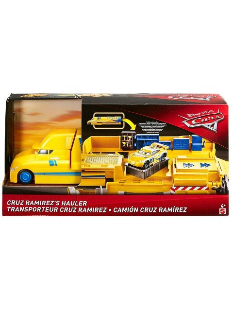 CRUZ RAMIREZ'S TRANSFORMING HAULER PLAY SET