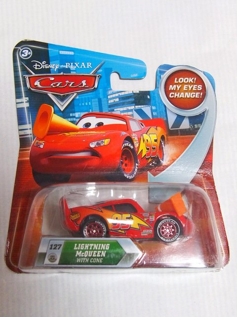 LIGHTNING MCQUEEN WITH CONE 2011 LOOK EYES CHANGE NS版