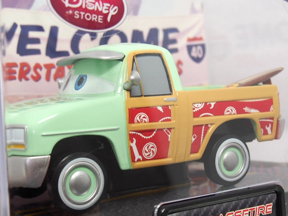 DISNEY STORE 1:48 JOHN LASSETIRE with SURFBOARD CHASE