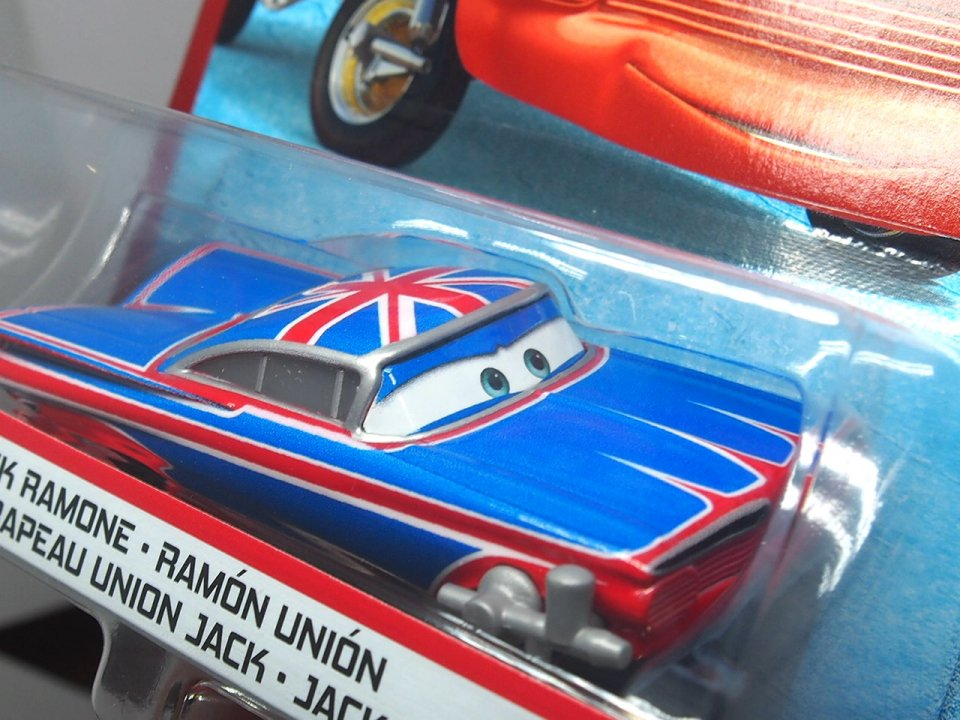 <img class='new_mark_img1' src='https://img.shop-pro.jp/img/new/icons1.gif' style='border:none;display:inline;margin:0px;padding:0px;width:auto;' />BODY SHOP UNION JACK RAMONE with PAINT SPRAY 2020