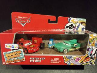 PISTON CUP PIT ROW 3台セットギフトパック