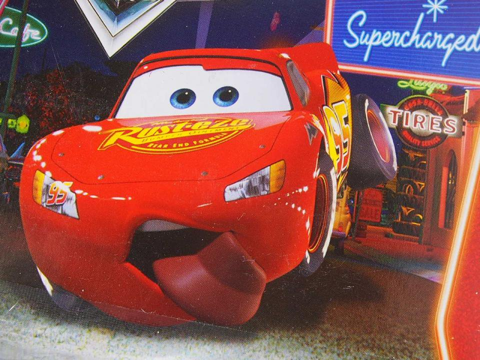 少し訳有特価】TONGUE LIGHTNING McQUEEN SC版