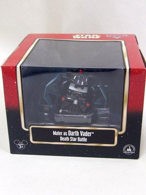 2015年 スターウォーズとカーズのコラボミニカー Mater as darth Vader Death Star Battle