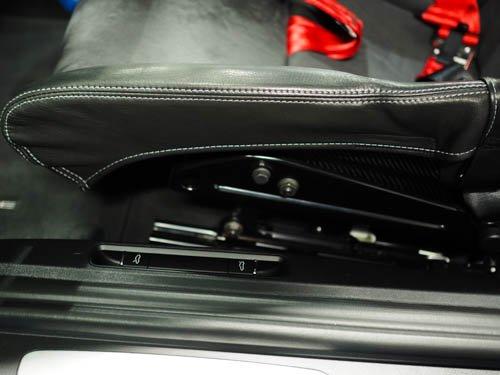 ポルシェカーボンバケットシート用プロテクターサイドカバー(座面)