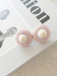 <img class='new_mark_img1' src='https://img.shop-pro.jp/img/new/icons20.gif' style='border:none;display:inline;margin:0px;padding:0px;width:auto;' />vintage earring  no.5