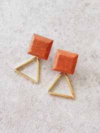 <img class='new_mark_img1' src='https://img.shop-pro.jp/img/new/icons56.gif' style='border:none;display:inline;margin:0px;padding:0px;width:auto;' />original earrings brick
