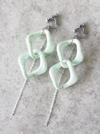 original earring  green chain