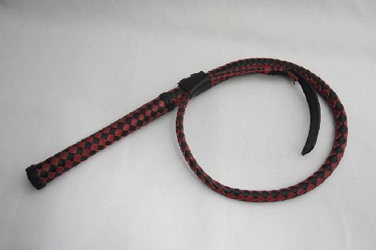 ブルウィップ 6本網み レッド, ブラック 先端ヘラタイプ