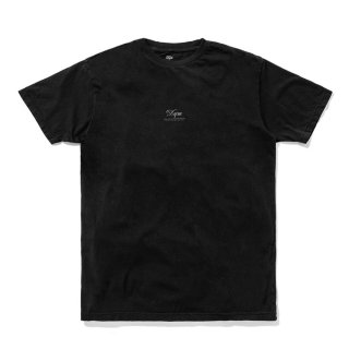 <img class='new_mark_img1' src='//img.shop-pro.jp/img/new/icons5.gif' style='border:none;display:inline;margin:0px;padding:0px;width:auto;' />DQM TINY LOGO TEE / BLACK (DQM NYC Tシャツ/半袖)