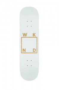 <img class='new_mark_img1' src='//img.shop-pro.jp/img/new/icons5.gif' style='border:none;display:inline;margin:0px;padding:0px;width:auto;' />WKND Black on Wood Veneer Logo Deck / 8.25