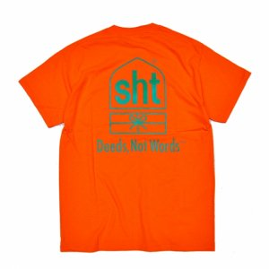 <img class='new_mark_img1' src='//img.shop-pro.jp/img/new/icons5.gif' style='border:none;display:inline;margin:0px;padding:0px;width:auto;' />SAYHELLO TRUCKING POCKET TEE / SAFETY ORANGE (セイハロー Tシャツ)