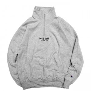 <img class='new_mark_img1' src='//img.shop-pro.jp/img/new/icons5.gif' style='border:none;display:inline;margin:0px;padding:0px;width:auto;' />HOTEL BLUE LOGO CHAMPION 1/4 ZIP SWEAT / GREY (ホテルブルー フーディー/パーカー/スウェット)