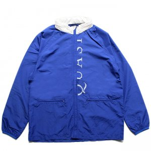 <img class='new_mark_img1' src='https://img.shop-pro.jp/img/new/icons5.gif' style='border:none;display:inline;margin:0px;padding:0px;width:auto;' />QUASI VERSE JACKET/ ROYAL (クアジ ナイロン ジャケット)