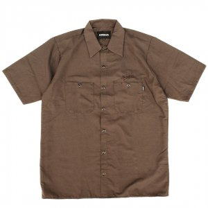 <img class='new_mark_img1' src='https://img.shop-pro.jp/img/new/icons5.gif' style='border:none;display:inline;margin:0px;padding:0px;width:auto;' />HORRIBLE'S SCRIPT WORK SHIRT / BROWN (ホリブルズ 半袖ワークシャツ)