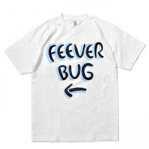 <img class='new_mark_img1' src='https://img.shop-pro.jp/img/new/icons5.gif' style='border:none;display:inline;margin:0px;padding:0px;width:auto;' />FEEVERBUG SIGNBOARD TEE / WHITE (フィバーバグ Tシャツ/半袖)