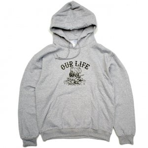 <img class='new_mark_img1' src='https://img.shop-pro.jp/img/new/icons5.gif' style='border:none;display:inline;margin:0px;padding:0px;width:auto;' />OUR LIFE PALLET LIFE PULLOVER HOODIE  / GREY (アワーライフ フーディ/パーカー/スウェット)