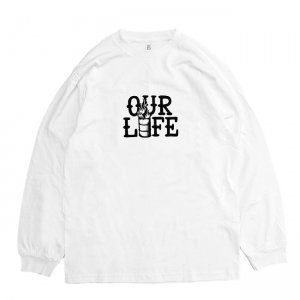 <img class='new_mark_img1' src='https://img.shop-pro.jp/img/new/icons5.gif' style='border:none;display:inline;margin:0px;padding:0px;width:auto;' />OUR LIFE STACKED BARREL L/S TEE / WHITE (アワーライフ ロングスリーブTシャツ/長袖)