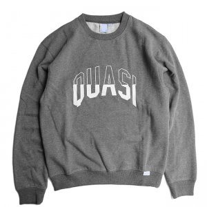 <img class='new_mark_img1' src='https://img.shop-pro.jp/img/new/icons5.gif' style='border:none;display:inline;margin:0px;padding:0px;width:auto;' />QUASI ARC Crew Sweat / Charcoal (クアジ クルーネックスウェット)
