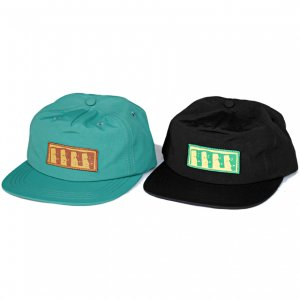 <img class='new_mark_img1' src='//img.shop-pro.jp/img/new/icons5.gif' style='border:none;display:inline;margin:0px;padding:0px;width:auto;' />THEORIES MOAI NYLON STRAPBACK CAP (セオリーズ 5パネルストラップバックキャップ)