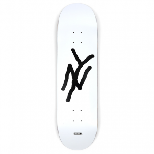 <img class='new_mark_img1' src='https://img.shop-pro.jp/img/new/icons5.gif' style='border:none;display:inline;margin:0px;padding:0px;width:auto;' />5BORO NY MONOGRAM DECK WHITE / 8.125 × 32