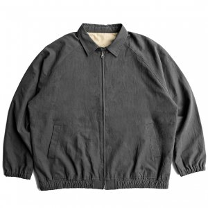 <img class='new_mark_img1' src='https://img.shop-pro.jp/img/new/icons5.gif' style='border:none;display:inline;margin:0px;padding:0px;width:auto;' />DAY LIQUOR STORE KEEP COOL DRIZZLER JACKET / CHARCOAL BLACK (デイリカーストアー ジャケット)