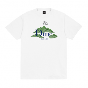 <img class='new_mark_img1' src='https://img.shop-pro.jp/img/new/icons5.gif' style='border:none;display:inline;margin:0px;padding:0px;width:auto;' />DIME PLEIN AIR T-SHIRT / WHITE (ダイム Tシャツ / 半袖)
