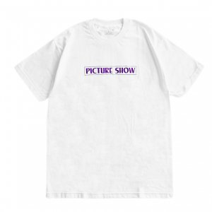 <img class='new_mark_img1' src='https://img.shop-pro.jp/img/new/icons5.gif' style='border:none;display:inline;margin:0px;padding:0px;width:auto;' />PICTURE SHOW VHS TEE / WHITE (ピクチャーショー Tシャツ)