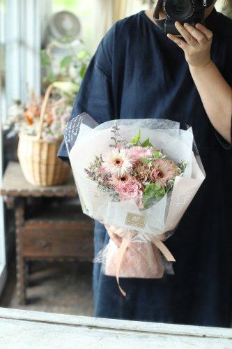 季節のおまかせ花束(4.400円)