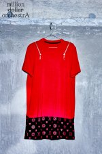 hell monogram zip T(RED)