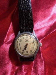 1940s ミリタリーウォッチ風腕時計・GISA