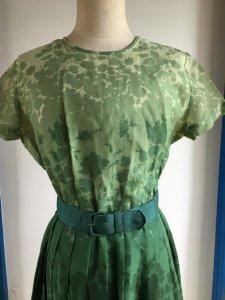 1950s ヴィンテージワンピース・緑グラデーション花柄